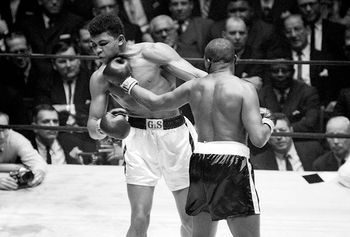 Cassius Clay vs Doug Jones